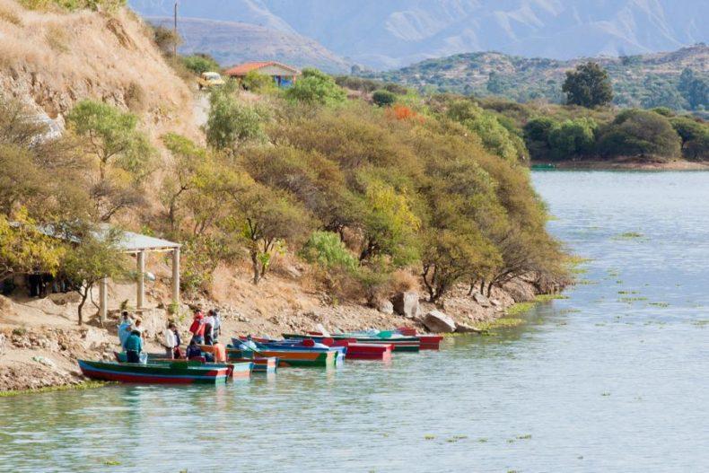 Boats Tarija - Drinking water in Bolivia