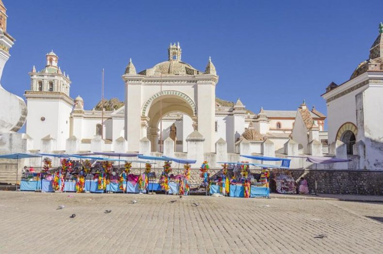 Copacabana Main Square - La Paz Day Tours