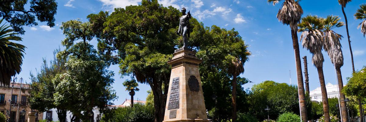 Sucre Bolivia - Plaza 25 de mayo