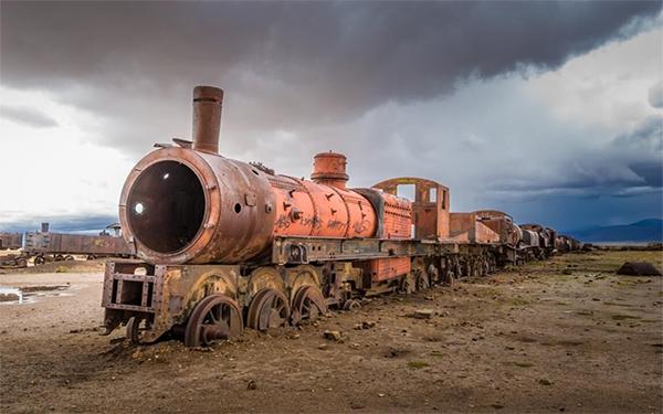 Uyuni Bolivia - Train at the train graveyard