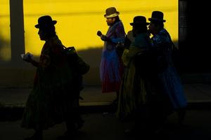 Bolivian Cholita Wrestling - four indigenous aymara women
