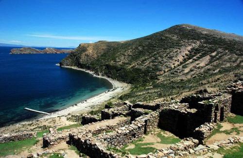 Travel Copacabana - Lake Titicaca